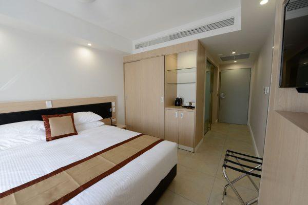 casowary-hotel-kiunga-01