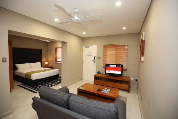 ela-beach-premier-1bedroom-kitchenette-5